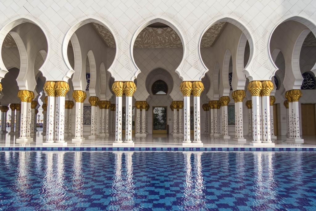 La utilización del árabe estándar garantiza que el mensaje llegará a todo el mundo.