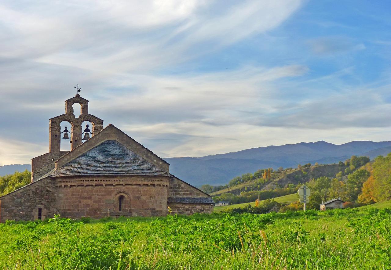 Los primeros textos encontrados escritos en lengua catalana eran de carácter religioso