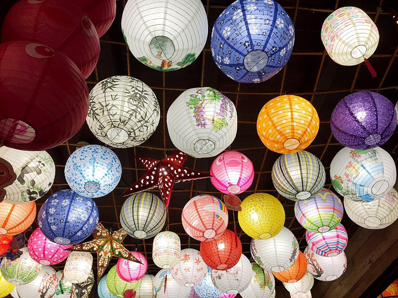 Además del chino mandarín, el chino tiene 9 dialectos con multitud de subdialectos. Los traductores e intérpretes de chino mandarín son los más demandados.